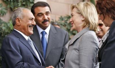 """""""إيميلات هيلاري"""" السرية تكشف ترتيبات صناعة الفوضى في اليمن"""