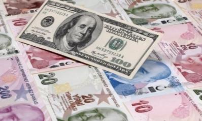 الليرة التركية تواصل خسائرها أمام الدولار الأميركي