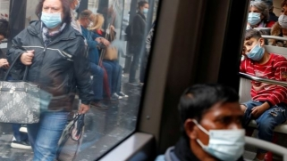 كورونا.. قيود إضافية بأوروبا لمواجهة التفشي ومسؤول أميركي يتوقع إقرار لقاح أوائل ديسمبر المقبل