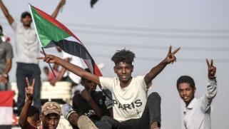 أسامة سعيد رئيس وفد مسار الشرق : أنصار البشير اختاروا بعناية شرق السودان لخنق حكومة الثورة