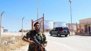 تأمين المنشآت النفطية الليبية يهيمن على محادثات الغردقة
