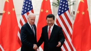 فوز بايدن… هل ينهي التوتر التجاري بين واشنطن وبكين؟