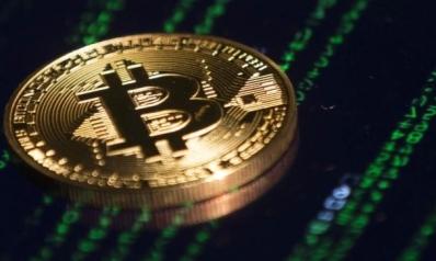 العملة الرقمية الأشهر تعود بقوة.. بتكوين تصعد فوق 19 ألف دولار لأول مرة في 3 سنوات