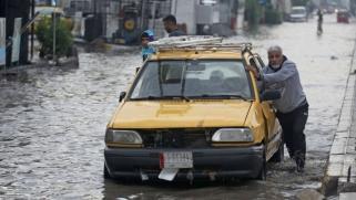 غرق بغداد في أولى أمطار الشتاء يلخّص مسار أكثر من 17 سنة من الفشل الحكومي المزمن