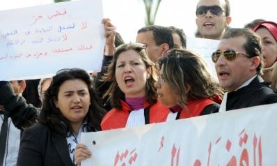 خصومة بين قاضيين في تونس تكشف فسادا وتلاعبا بملفات الإرهاب