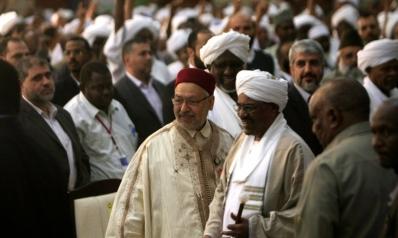 أزمة جوازات سفر لدى مئات الإسلاميين بعد تجريدهم من الجنسية السودانية