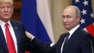 بعدما اتهمها وزير الخارجية الأميركي.. ترامب يبرّئ روسيا ويقلل من خطورة الهجوم السيبراني