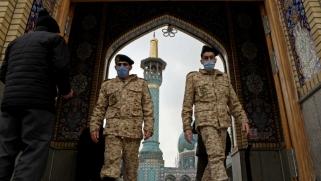 إيران ترهن ما تبقى من اقتصادها للحرس الثوري