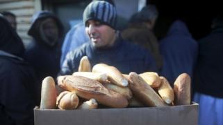 """حكومة الوفاق تخشى اندلاع """"ثورة خبز"""" في ليبيا"""