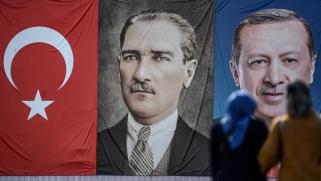 من أتاتورك إلى أردوغان: سيرة للدولة الأكثر تأثراً بماضيها