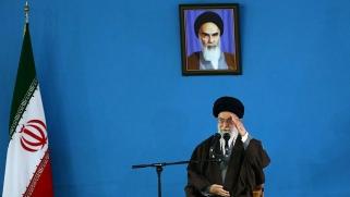 """النظام الإيراني """"مشهديات مستفزة"""""""