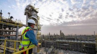 صناديق الخليج السيادية تكافح نفاد السيولة وصعوبة التمويل