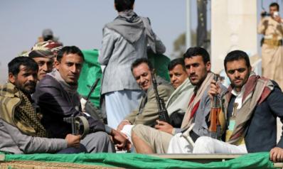 اشتداد المعارك بين الحوثيين والجيش اليمني في محافظة مأرب وأنباء عن سقوط عشرات القتلى