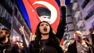 جدل تغيير الدستور التركي .. الأبعاد والمواقف