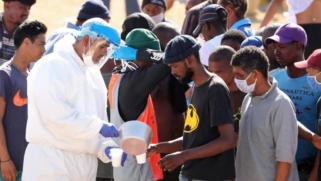 منظمة الصحة العالمية تطلق برنامجا لتوزيع لقاحات كورونا بشكل عادل بين الجميع وتحذر من التراخي