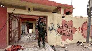 من يعيد إلى مسيحيي العراق منازلهم في غياب القانون