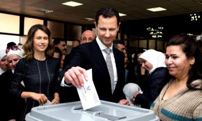 النقمة والعزلة لم تردعا بشار الأسد عن تكريس بقائه