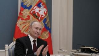 بوتين: بايدن يرى خصاله في وصفي بالقاتل