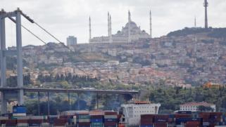 الاقتصاد التركي يسجل نشاطا قويا بنمو 5.9% في الربع الرابع من عام 2020
