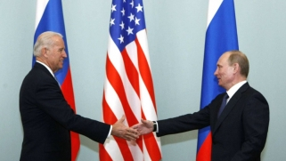بايدن يهدد بوتين: العلاقات الأميركية – الروسية إلى أين؟