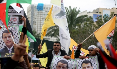 التيار الإصلاحي يستعد للرهان الانتخابي بإعادة أبرز معاوني دحلان إلى غزة