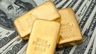 الذهب عند أعلى قمة في أكثر من شهر مع تراجع عوائد السندات