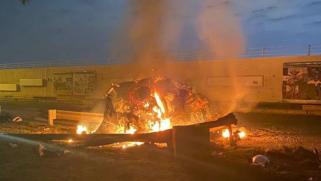 """العراق يتهم """"جماعات خارجة عن القانون"""".. هجوم بـ3 صواريخ على قاعدة عسكرية بمطار بغداد تضم قوات أميركية"""
