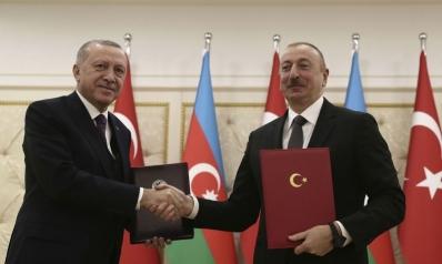 تركيا وباكستان وأذربيجان.. نمو متعثر لكتلة إسلامية لا تدرك حقائق وضعها الاقتصادي