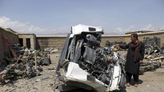 قاعدة باغرام الأميركية جنة تجار الخردة في أفغانستان