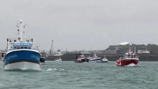 توتر على خلفية البريكست.. بريطانيا وفرنسا ترسلان سفنا حربية إلى جزيرة جيرسي بسبب الخلاف على حقوق الصيد