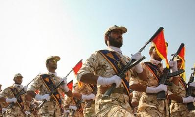 """المؤسسة العسكرية الإيرانية تعزز التزامها بـ """"الثورة"""""""