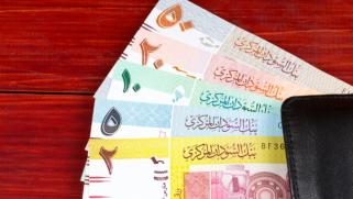السودان يرفع الدعم عن الوقود.. إجراءات للتخلص من الدولار الجمركي