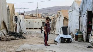 """العراق.. غضب من التعويض """"الهزيل"""" للمتضررين في مخيم شاريا"""