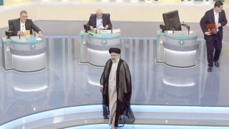 مسرحية يمارسها نظام طهران