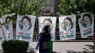 اليأس من التغيير يدفع الإيرانيين إلى مقاطعة الانتخابات