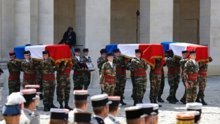 فرنسا تنسحب من مواجهة الجهاديين في الساحل الأفريقي
