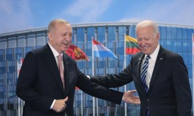 لقاء أردوغان-بايدن: تقارب حذر وسط خلافات شائكة