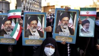 إسرائيل تحذر من أشد رؤساء إيران تطرفا