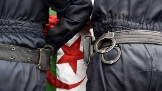 نخب سياسية جزائرية تلتحق بقوارب الهجرة السرية إلى أوروبا
