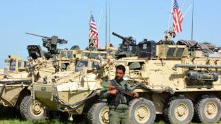 لا خطط لتغيير في الوجود الأميركي بسوريا.. واشنطن ستبقي 900 جندي لدعم القوات التي تقودها الوحدات الكردية