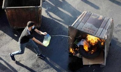 الاقتصاد يغلب السياسة.. هل قدر اللبنانيين الجوع والفقر