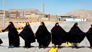 خطأ الانسحاب من أفغانستان يكاد يتكرر في إيران