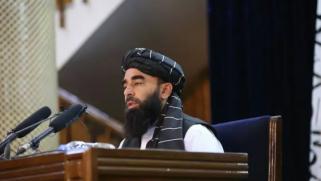 ذبيح الله مجاهد: نسعى لاستعادة الأموال المنهوبة من أفغانستان ونريد علاقات قوية مع موسكو وطهران