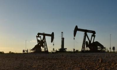 النفط يواصل الصعود.. الرياض: انخفاض الأسعار من شأنه شل الاستثمارات