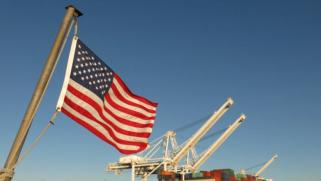 كيف تبدو أزمة الموانئ الأميركية عن قرب؟