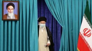 عندما تتسلل إيران في المباريات الجيوسياسية