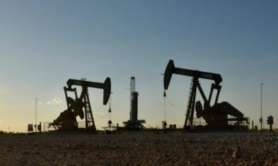أسعار النفط عند ذروة سبع سنوات وسط تحسن الطلب